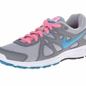 Nike Revolution 2 women's running shoes size 8.5